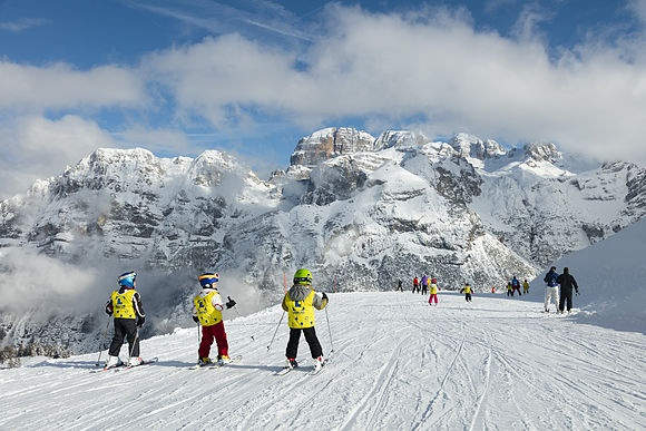 On the ski slopes Winter sports on the mountains of Trentino-Alto Adige